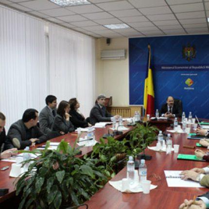 Valeriu Lazăr: evenimentul anului 2012 este reuşita de a lansa industria de eficienţă energetică şi utilizare a surselor de energie regenerabilă