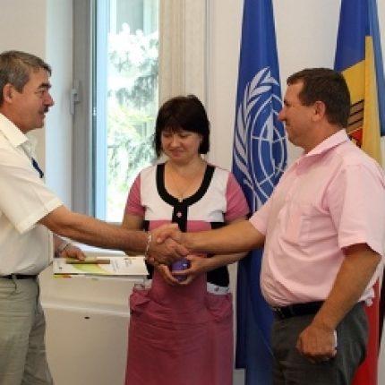 14 şcoli şi grădiniţe din Taraclia, Călăraşi, Căuşeni, Ialoveni, Nisporeni şi Străşeni trec la energia din biomasă