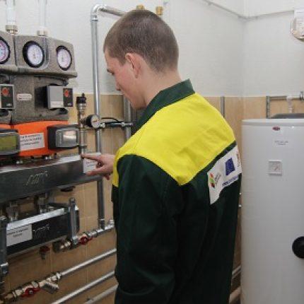 Un laborator modern pentru viitorii operatori de cazane pe biomasă a fost lansat la Şcoala Profesională nr. 3 din Chişinău